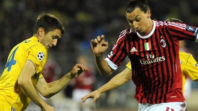 Ibra trafia, Milan remisuje
