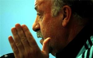 Del Bosque: W finale LM powinny zagrać Barça z Realem