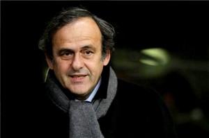 Platini: Inne zespoły nie mogą naśladować stylu Barçy