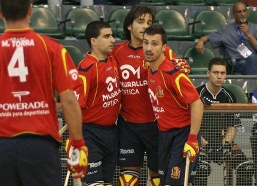 Hiszpania i Argentyna gromią