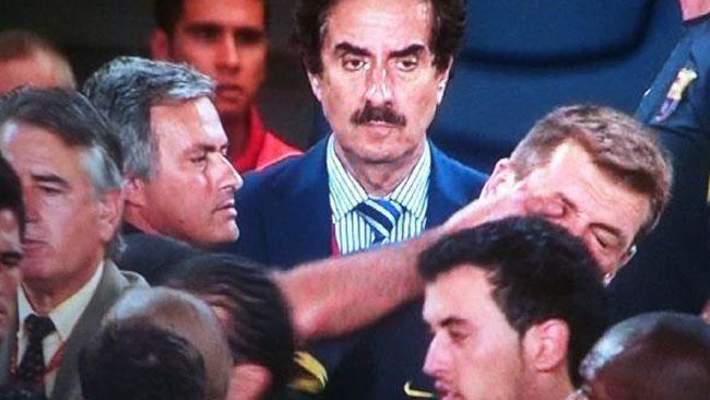 Mourinho dwa, Vilanova jeden…