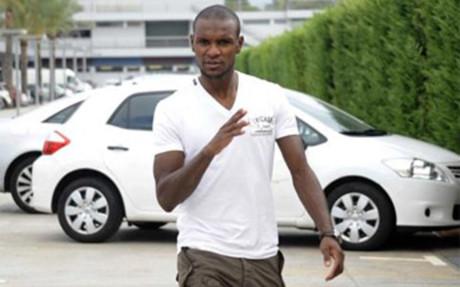 Abidal wróci do zdrowia we Francji