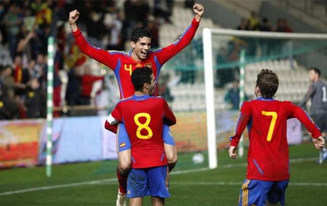 Thiago i Bartra strzelają dla Hiszpanii U21