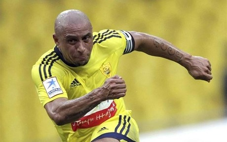 Roberto Carlos chciałbym widzieć Messiego w Anży