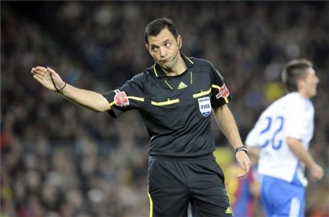 Teixeira Vitienes sędzią w meczu z Getafe