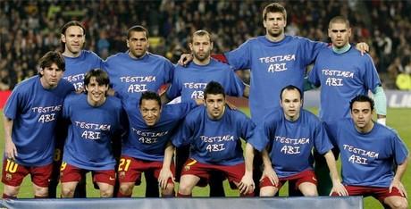 Barça wybiegnie na boisko w specjalnych koszulkach