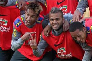 Dani Alves: Chciałbym Cię Neymar