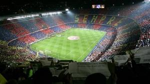 Siła Camp Nou: 12 zwycięstw i 2 remisy