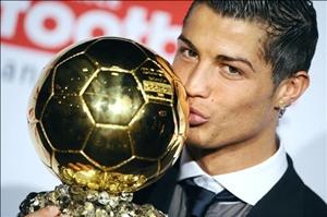 "Czytelnicy France Football przyznali Ballon d""Or Cristiano Ronaldo"