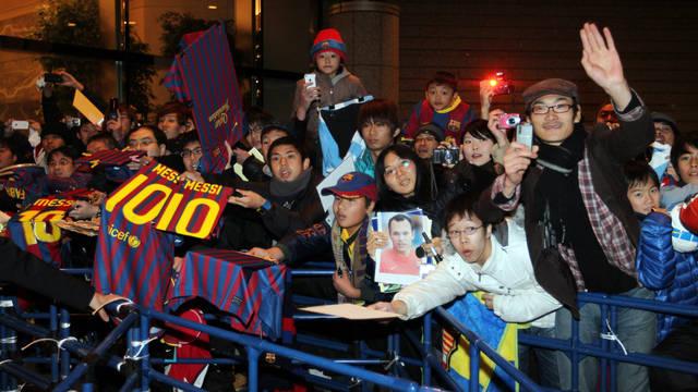 Barça odda hołd dzieciom Fukushimy