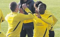 Dongou na treningu Barçy B