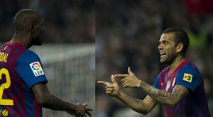 """Alves i Abidal, czyli """"Ai se eu te pego"""" na Bernabéu"""
