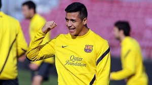 Alexis trenuje normalnie i może grać