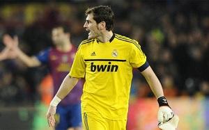 Casillas do sędziego: Idź teraz z nimi świętować