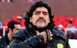Maradona: Pelé wygląda jak zdalnie sterowana zabawka
