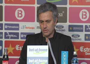 Mourinho nie mówi o sędziach! Taktyka na Barçę?