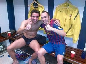 Xavi i Iniesta świętowali zwycięstwo w szatni
