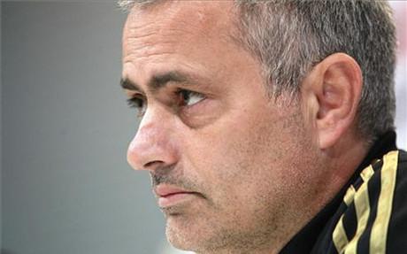 Mourinho na temat przedłużenia kontraktu Guardioli