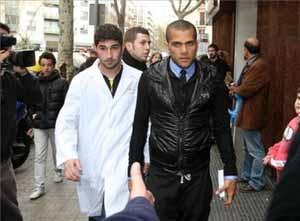 Alves przebywał w Granadzie pięć dni