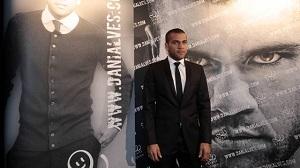 Alves: Guardiola wprowadził z powrotem uśmiech