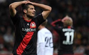 Derdiyok nie zagra z FC Barceloną, bo…