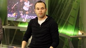 Iniesta: Zespół chce, żeby Pep został
