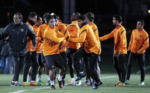 Pedro trenuje z grupą