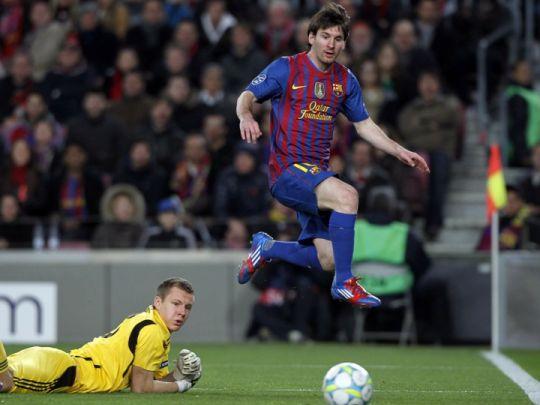 Rooney: Messi to żart. Jest najlepszy.