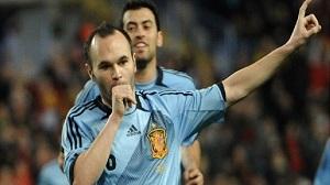Gol Iniesty i manita Hiszpanii (wideo)
