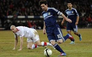 Messi sprawił prezent Lameli