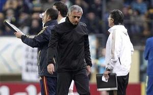 Mourinho wyrzucony z boiska!