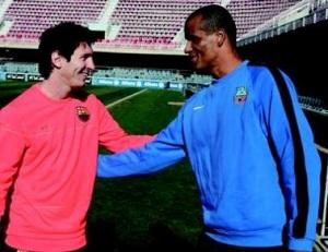 Rivaldo: Messi jest największym w Barcelonie