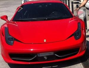 Ferrari wypożyczone przez Cesca Fàbregasa