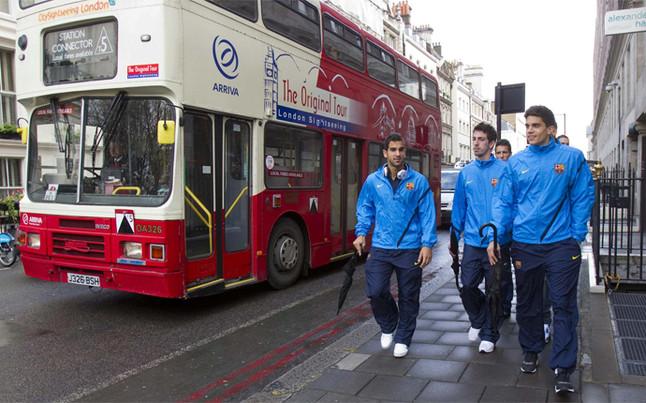 Piłkarze Barçy cieszyli się wolną chwilą w Londynie