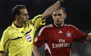 Cüneyt Çakir będzie sędziował mecz z Chelsea