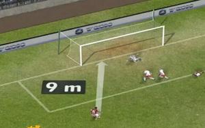 """""""Nieprawdopodobna"""" poprzeczka Ronaldinho"""