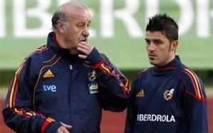 Del Bosque spotka się z Villą i będzie obserował Piqué