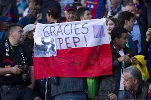 "Transparenty i śpiewy ""Guardiola, Guardiola"" na Camp Nou"