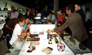 Buty Messiego w muzeum Barcelony