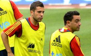 Xavi: Jordi Alba jest gotowy na grę w Barçy