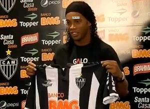 Ronaldinho zmienił klub
