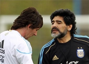 Maradona: Może z czasem nauczy się być liderem