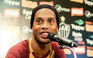 Coca-Cola zrywa umowę z Ronaldinho