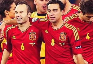 Drugie Euro dla Xaviego, Iniesty i Ceska