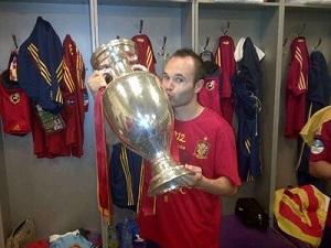 Iniesta: Nie gram dla Złotej Piłki