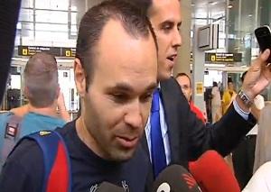 Iniesta zaprzeczył, że oddał premię