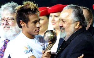 Neymar w Santosie do 2014?
