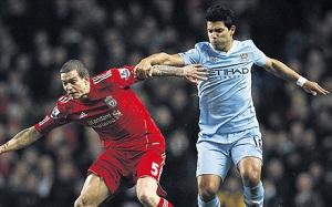 Liverpool oszczędza Aggera