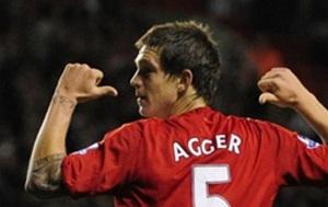Agger wciąż czeka na Barçę