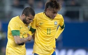 Dani Alves i Neymar chwalą Ibrahimovicia